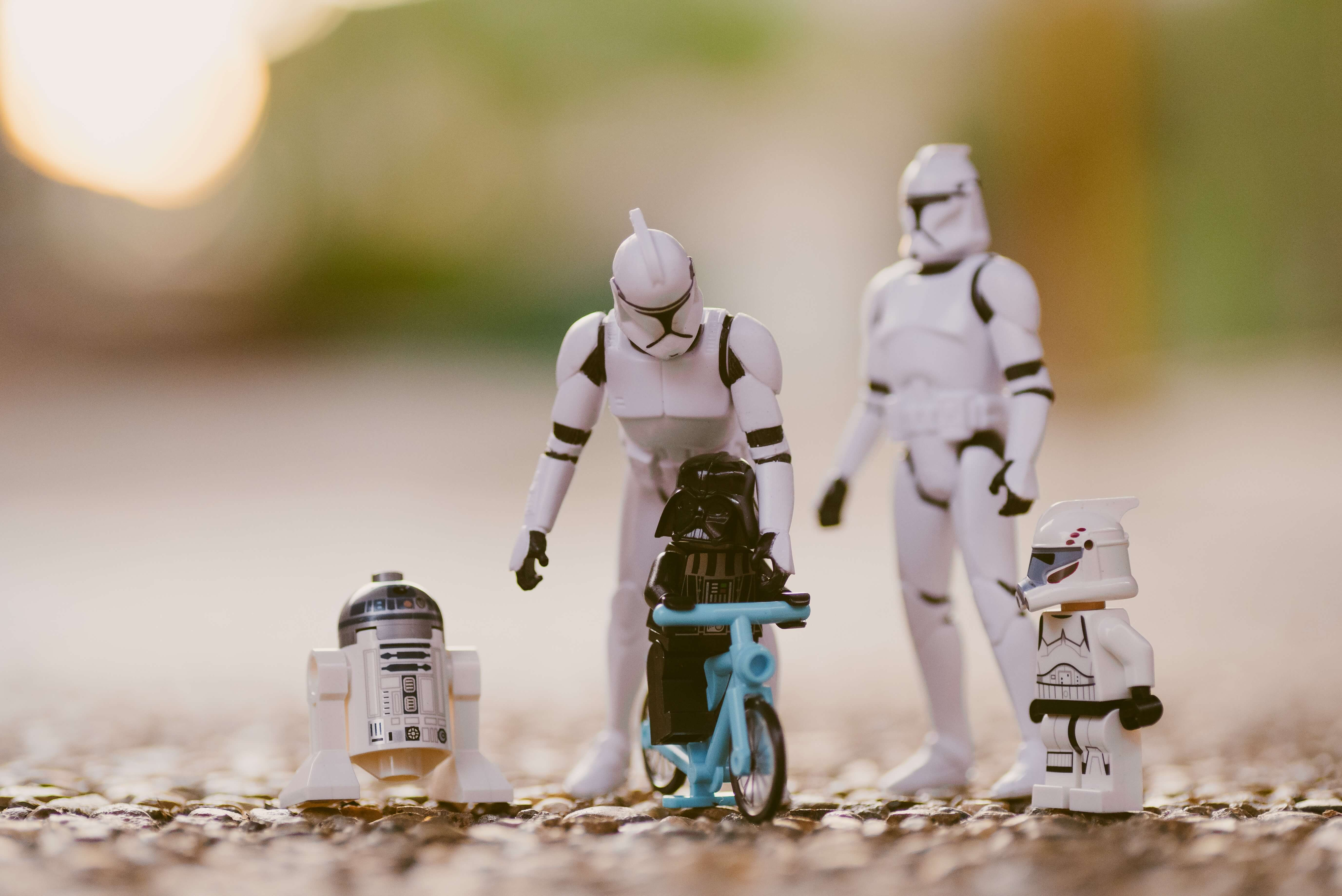 I Am Your Father - Parent-Child Modeling in Elasticsearch